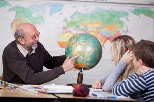 Учитель Географии