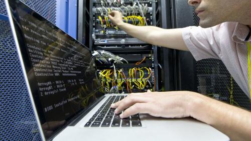 Аналитик компьютерных систем