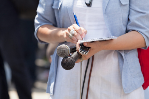 Журналист